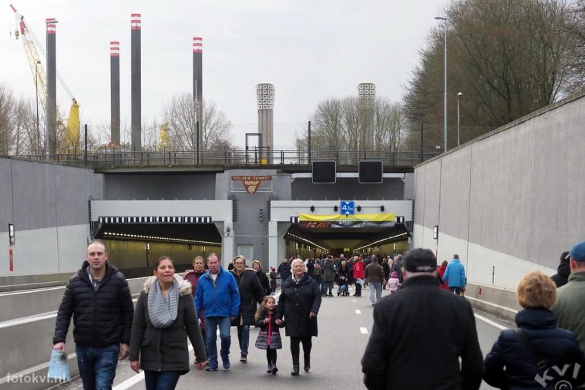 Velsertunnel, Velsen-Noord |  Publieksdag Velsertunnel |  FotoKvL / Ko van Leeuwen |  kvl_170108_1003140.jpg / 08-1 -2017 10:03:14