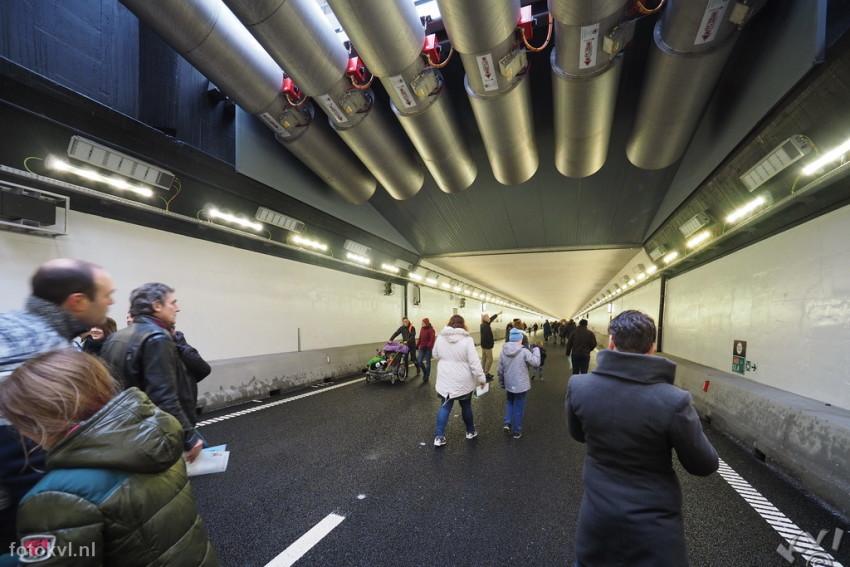 Velsertunnel, Velsen-Noord |  Publieksdag Velsertunnel |  FotoKvL / Ko van Leeuwen |  kvl_170108_1016370w.jpg / 08-1 -2017 10:16:37